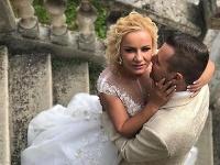 Moderátor Ivan Binďo Bindas sa v sobotu o 15:00 oženil.