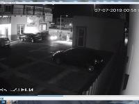 Po návšteve baru skončili v nemocnici, útočníkov obvinili.