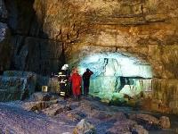 Záchranná akcia v jaskyni