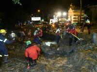 Po zosuve pôdy evakuovali dvesto ľudí.
