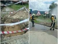 Zásah hasičov z Rožňavy a z Dobšinej v meste Rožňava na železničnom priecestí.