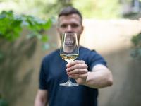 Vášho Sprievodcu vínami vám prináša VITIS.
