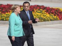 Angela Merkelová a čínsky premiér Lim Kche-čchiang