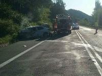 Vážna dopravná nehoda kamióna a osobného vozidla si vyžiadala jednu obeť.