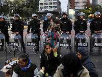 Obyvatelia protestujú v centre Buenos Aires