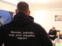 Pre prevádzačstvo obvinili šesť Slovákov a Ukrajinku