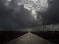 Tropická búrka zosilnieva v hurikán.