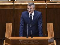 Na snímke predseda Ústavného súdu SR Ivan Fiačan počas prejavu na 49. schôdzi Národnej rady SR v Bratislave