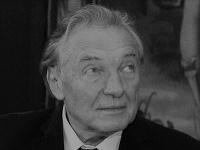Karel Gott zomrel 1. 10. 2019 vo veku 80 rokov. Zanechajte mu odkaz do neba.