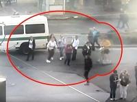 Opitý muž na elektrickej kolobežke zrazil ženu.