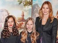 Vdova po Karlovi Gottovi, Ivana, ušla s dcérami z Prahy.