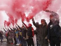 Tisíce ľudí protestovali v Kyjeve proti tzv. Steinmeierovmu plánu