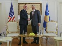 Richard Grenell zavítal v stredu do Kosova, vo štvrtok odcestuje do Srbska.