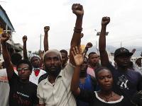 Protesty na Haiti stále pretrvávajú