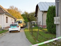 V rodinnom dome mal 57-ročný muž zavraždiť svoju manželku.