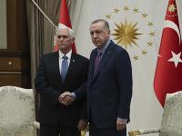 Turecko na základe dohody preruší svoju vojenskú operáciu na severe Sýrie.