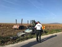 Pri rannej zrážke s nákladiakom sa zranila mladá vodička