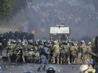 Päť ľudí zahynulo a ďalších 75 osôb utrpelo zranenia pri potýčkach s bolívijskými bezpečnostnými silami počas demonštrácie stúpencov exprezidenta Eva Moralesa