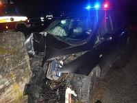 Obeťou piatkovej večernej nehody bol 30-ročný spolujazdec z Brezna