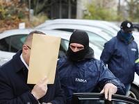 V rukách polície skončil aj šéf Tiposu