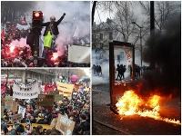 Obyvatelia Francúzska sa búria.