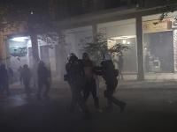 Protesty sa zvrhli na nepokoje