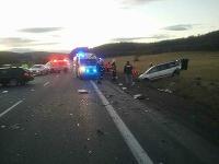 Pre dopravnú nehodu je štátna cesta v Lieskovci uzavretá