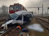 Tragická nehoda vlaku a dodávky