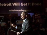 Demokratický kandidát Michael Bloomberg