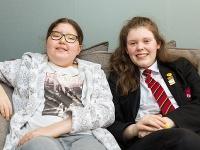 Lily Wythe s kamarátkou Lillie Cotgrove
