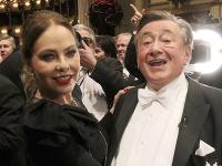 Ornella Muti a Richard Lugner na viedenskom Opernballe.