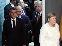 Recep Tayyip Erdogan, Angela Merkelová, Vladimir Putin a Emmanuel Macron