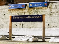 Taliansko hlási už 229 nakazených a šesť úmrtí