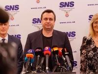 Andrej Danko chce položiť funkcie vedenia SNS