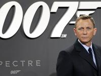 Daniel Craig ako Agent 007