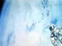 Leonov počas výletu do otvoreného vesmíru