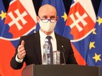 Nový minister Branislav Gröhling o situácii v školstve