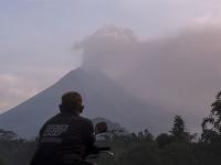 Indonézska sopka Merapi je znova aktívna