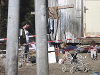Obyvatelia rómskej osady Háj v Gelnici v Košickom kraji sú pre hrozbu šírenia nového koronavírusu v karanténe.