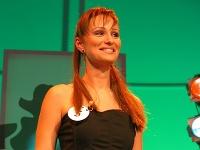 Karin Olasová v roku 2004 v šou Dievča za milión