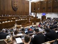Parlament počas rokovania na 5. schôdzi