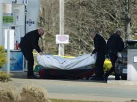 Séria strelných útokov trvala až 12 hodín