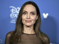 Angelina Jolie očarila mnohých mužov.