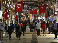 Turecko uvoľňuje opatrenia