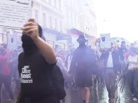 Tisíce ľudí protestovali druhý deň po sebe vo Viedni proti rasizmu