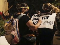 Demonštranti chceli strhnúť sochu exprezidenta USA Andrewa Jacksona