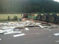 Dopravná nehoda v obci Nitrica si vyžiadala jednu obeť