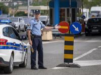 Slovinci, ktorí sú teraz v Chorvátsku, sa majú pripraviť na to, že na hranici budú musieť povedať, kde presne boli a dokázať to napríklad hotelovým účtom.