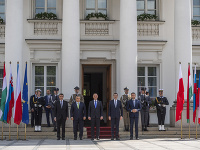 Premiér Igor Matovič odcestoval na summit premiérov krajín V4 do Varšavy