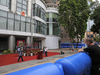 Čína otvorila v Hongkongu nový úrad pre národnú bezpečnosť